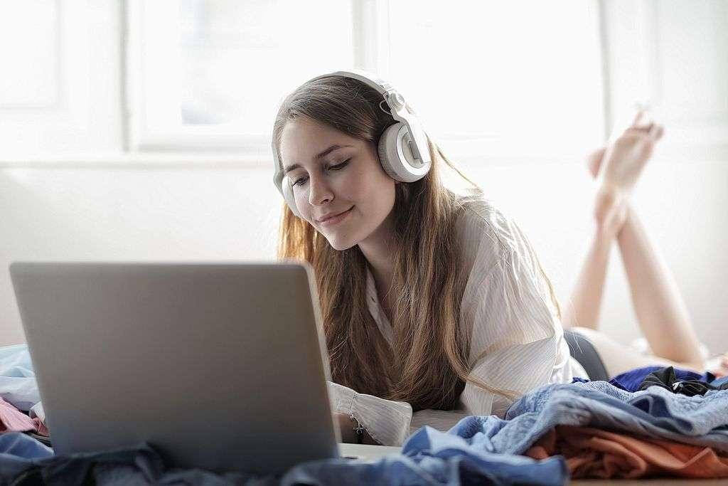 Testy sprzętu audio to jedna wielka ściema. I reklama!