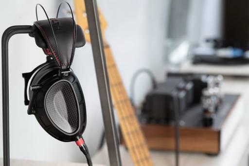 Cztery lata ciężkiej pracy - Dan Clark Audio Stealth