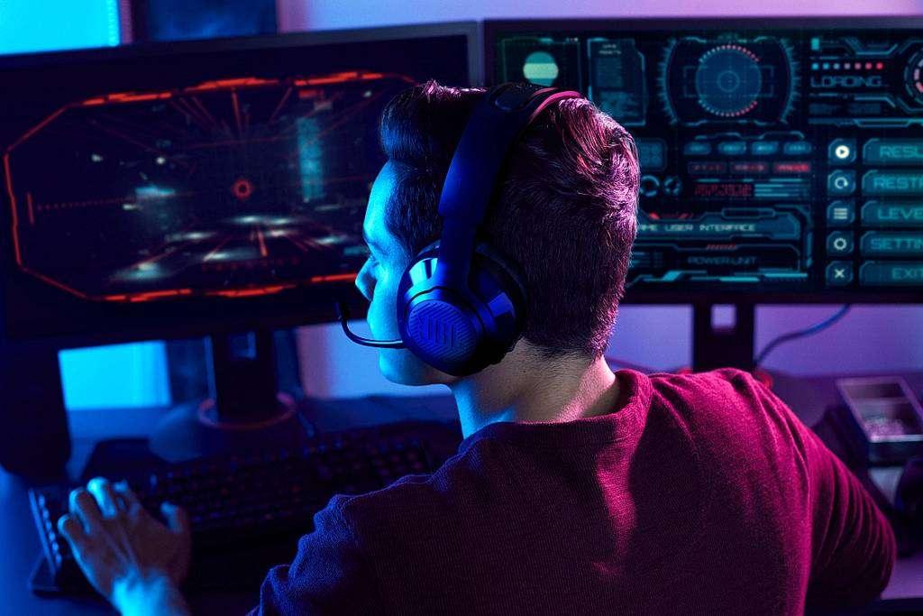 Słuchawki do zadań bojowych - JBL Quantum 350 Wireless