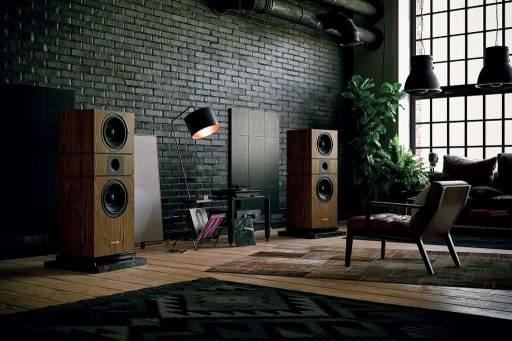 Jak ustawić kolumny w pokoju odsłuchowym