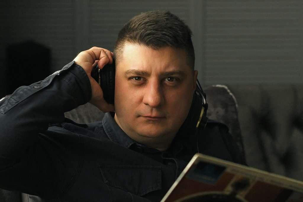 Maciej Lachowski - Fezz Audio